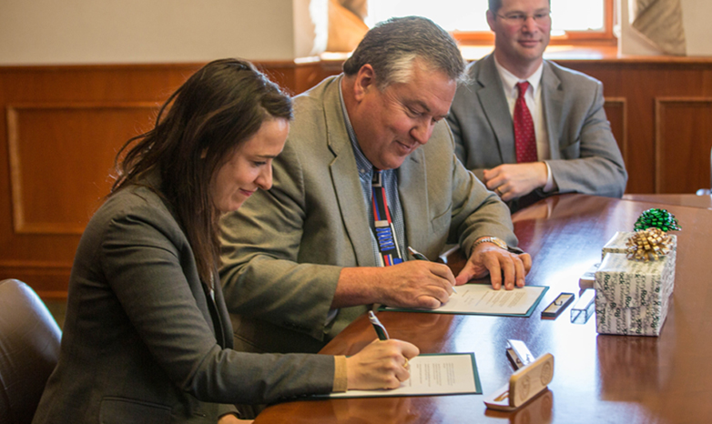 Philip Way and Danielle Hermon sign agreement