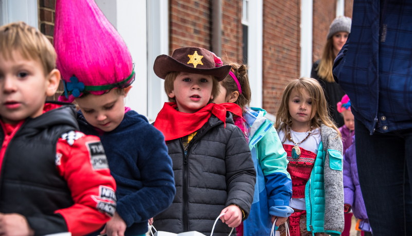 Child dresed as cowboy
